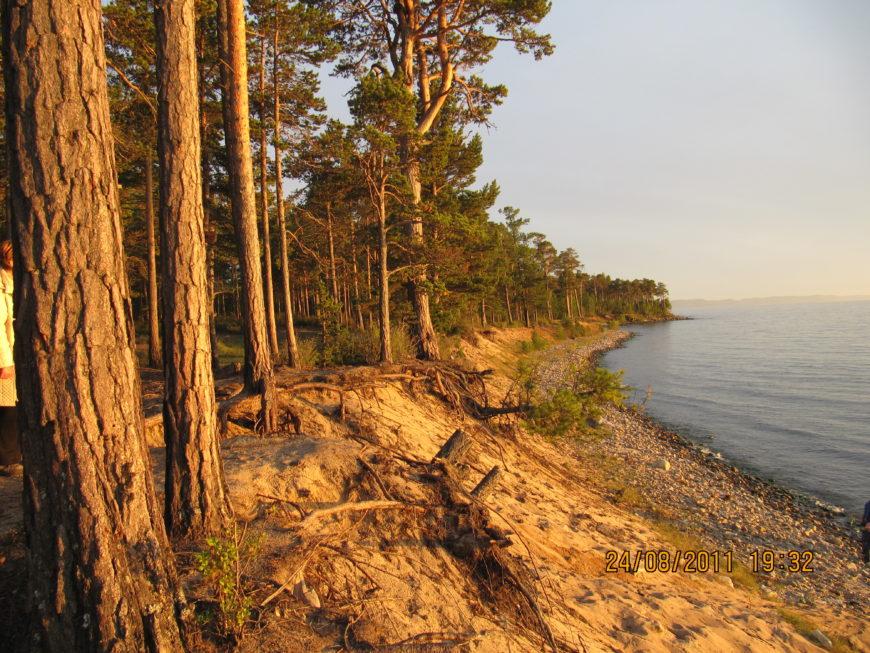Побережье Байкала на закате. Август. Блаженство