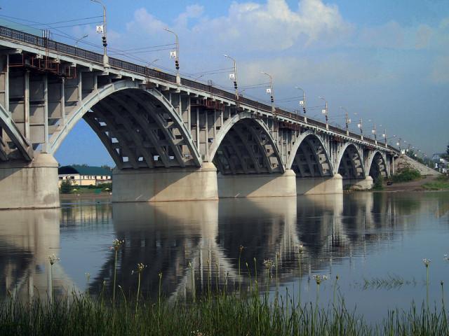 Городской мост через Бию