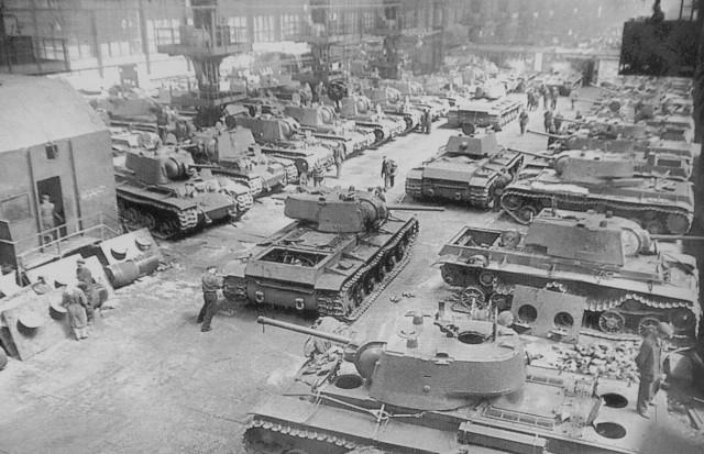 Во времена войны в Челябинске делают танки