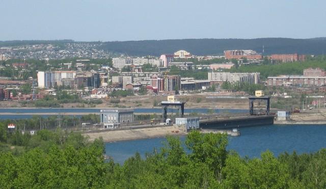 Плотина иркутской ГЭС