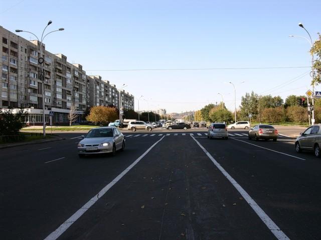 Проспект Первостроителей