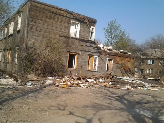 Разрушенные дома в районе Китайской