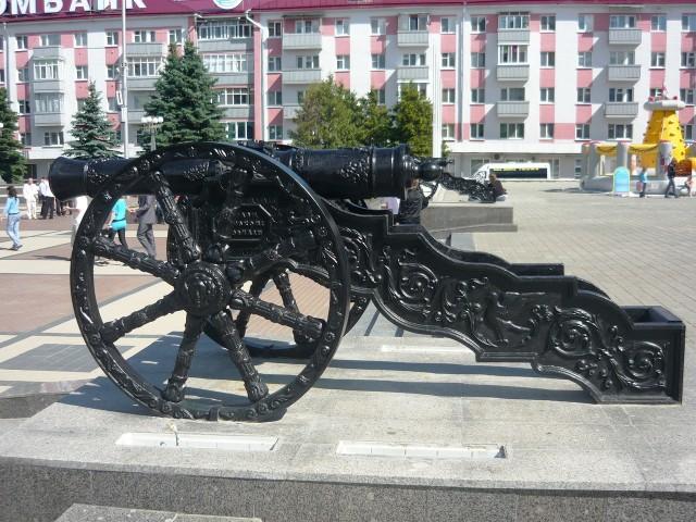 Пушки в Брянске