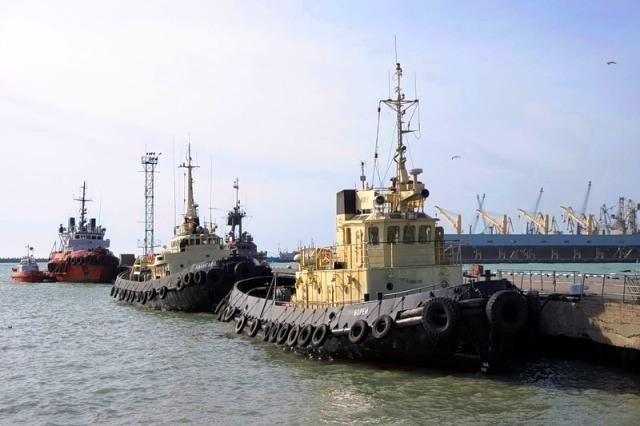 Корабли в порту Туапсе
