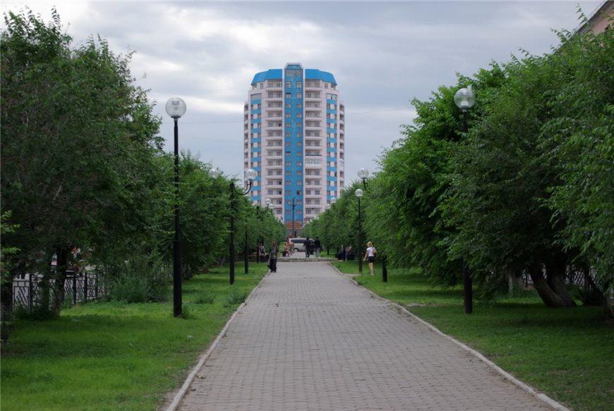Солнечная башня - первая высотка города