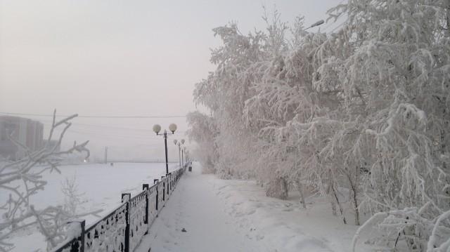 Зимой Якутск очень холодный, но такой красивый