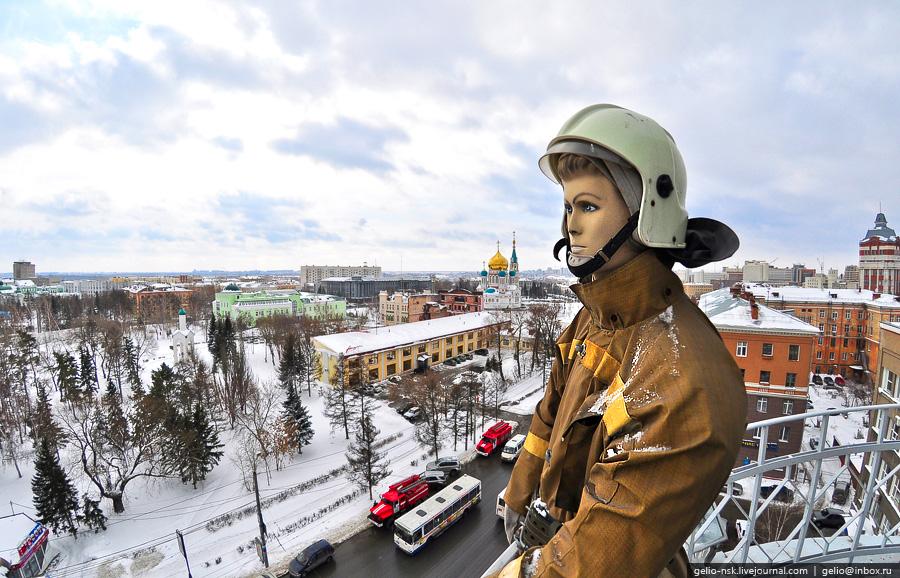 Фигура пожарника