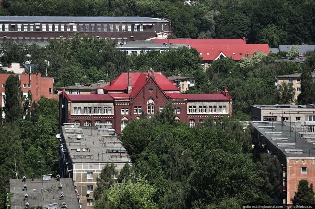 Здание бывшей королевской (государственной) строительной школы