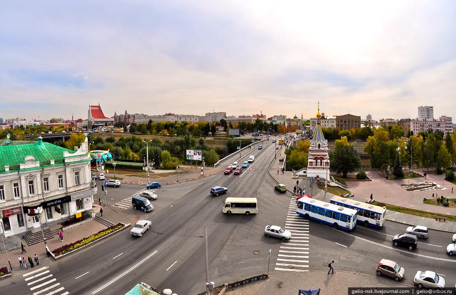 Пересечение улиц Партизанской и Ленина