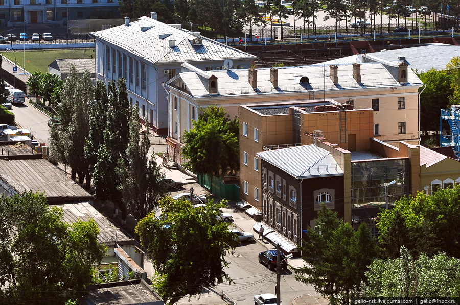Улица Певцова