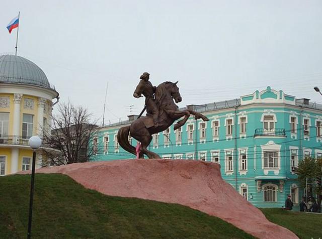 Рязань. Памятник Евпатию Коловрату