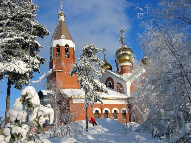 Храм Михаила Архангела Ноябрьск