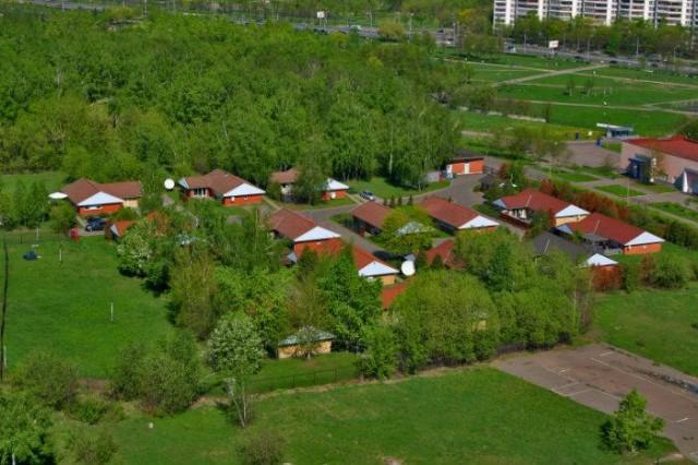 «Датские» домики на территории МосГУ