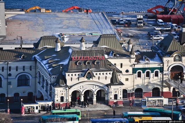 Здание вокзала было открыто 5 февраля 1912 года. Проект Н.В. Коновалова