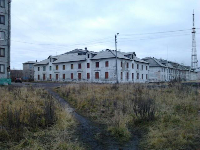 Воркута. Ул.Комарова, заброшенные дома