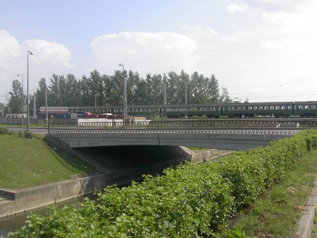 Мост через реку Лигу