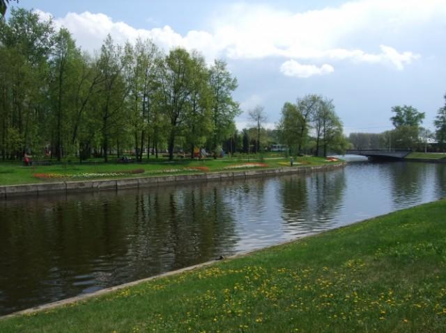 Колпинский парк – любимое место отдых горожан.