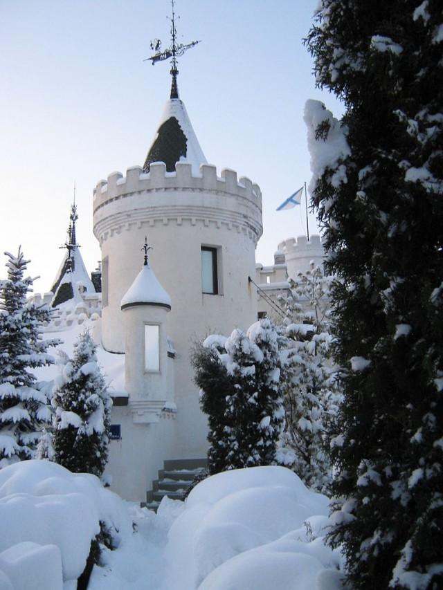 Замок Белого Слона в Александровской