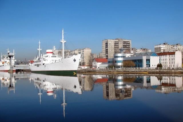 Калининград. Вид на порт