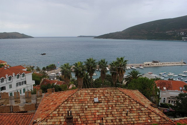 Дивные красоты Адриатики открываются с берега в городе Герцег Нови, как только туда въезжаешь из соседней Хорватии...