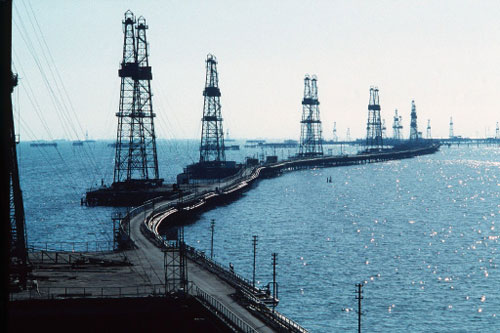 Нефтяники и в Австралии хорошо зарабатывают