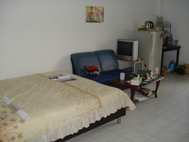 Так выглядит за комната за 4500 бат в месяц