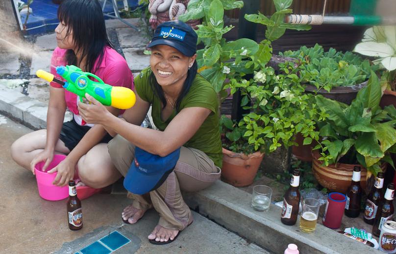 Как устроится на работу в тайланде
