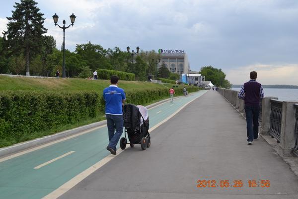 Велосипедная дорожка на набережной