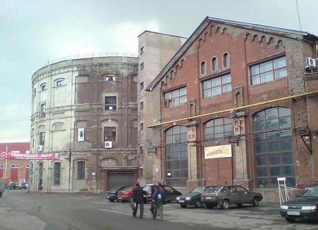 Старые производственные корпуса Московского газового завода