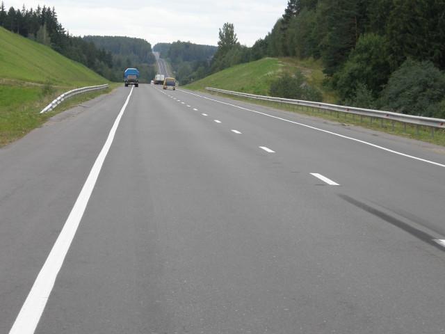 Хотелось бы побольше в России таких дорог, как в окрестностях Минска