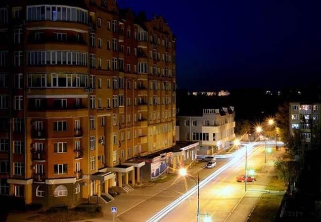 Проспект Дружбы народов ночью