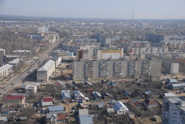 Яркий пример комбинации новостроек и сельских домов города