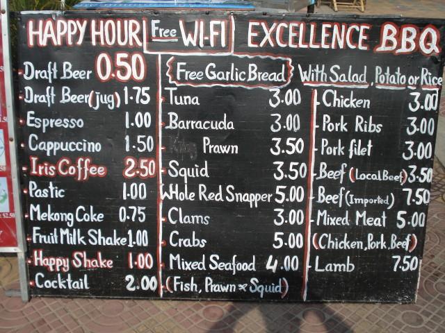 Обычное меню в кафе Сиануквиля, цены в долларах