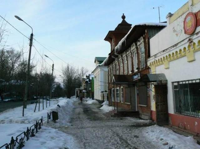 Главная улица Бежецка - Большая