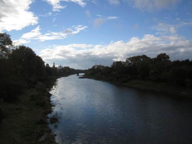 Река Вологда. Купаться в ней нельзя