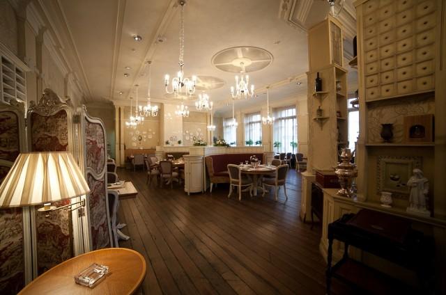 """Ресторан """"La Maison"""". Здесь обедал Путин. Плюс 100 000 очков пафоса пообедавшему!"""