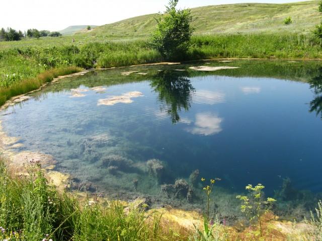 Голубое серное озеро