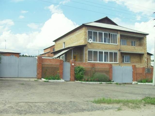 Коттедж в микрорайоне Писарево, внешний вид одного из самых простых домов