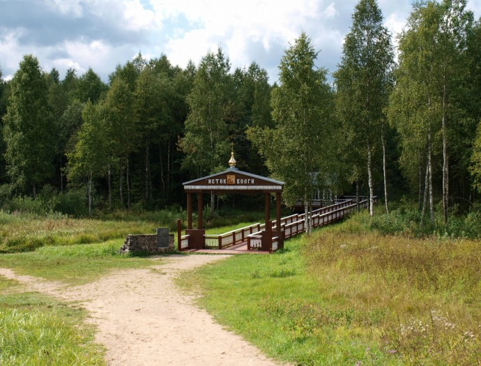 Место зарождения величайшей русской реки — центр паломничества туристов