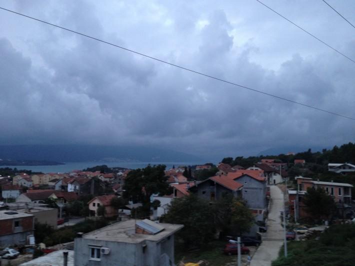 Черногория. Тиват. Вид из неблагополучного отеля