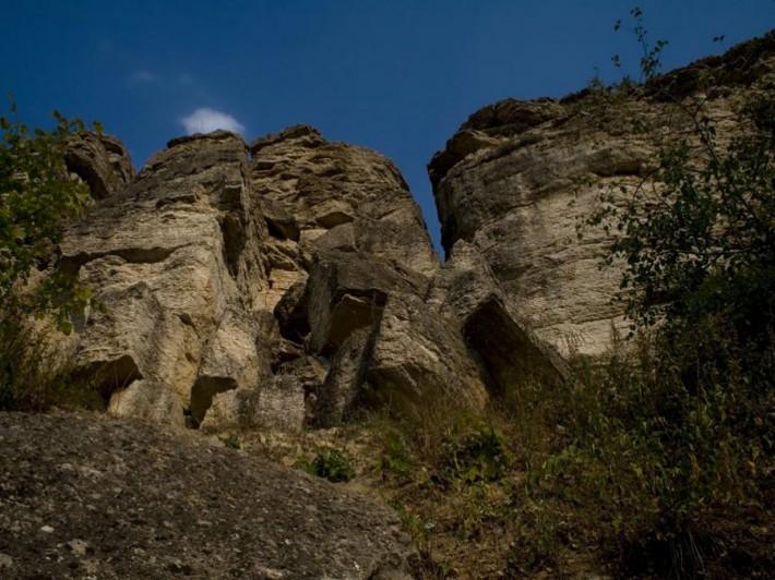 Скалы в заповеднике «Галичья гора»