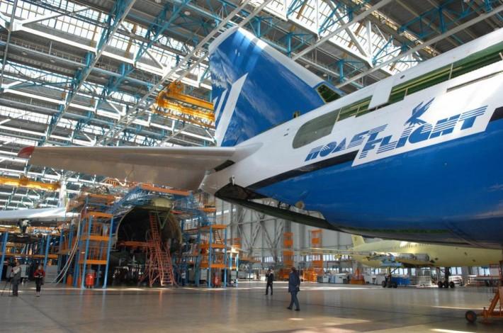 Производство самолетов на «Авистар-СП»