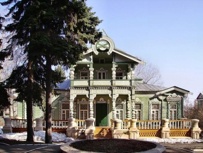 Скромный дворец пензенского лесопромышленника Тюрина