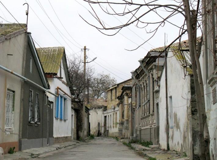 Улочка в центре Евпатории