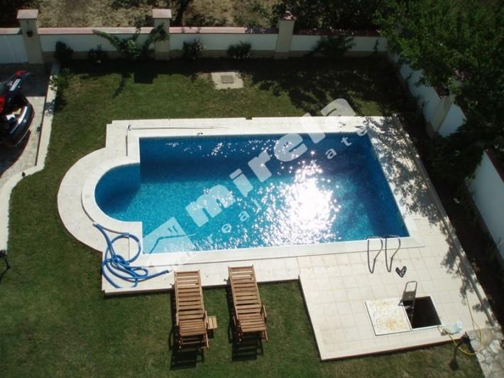 Дом люкс 1400 евро бассейн