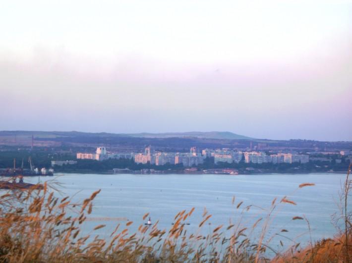 Общий вид района Войково с горы Митридат