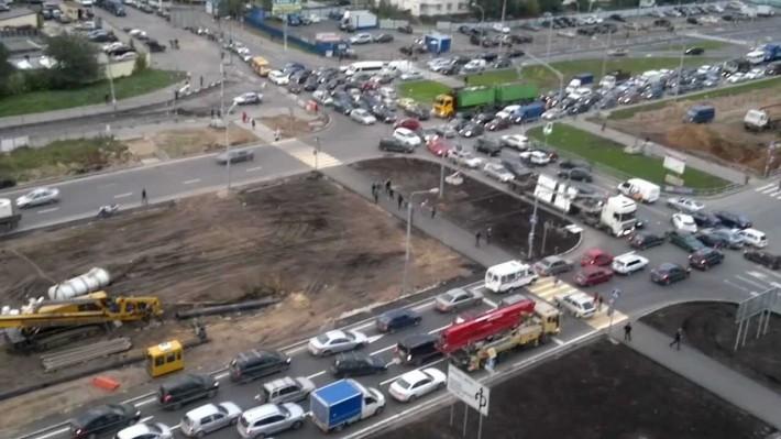 Пробка на Комсомольском проспекте, 2012 год
