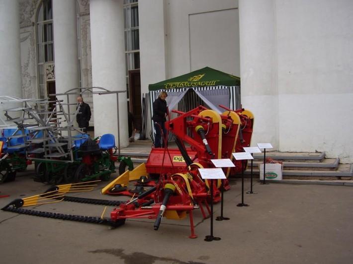 Продукция ООО «Сельхозмаш» на одной из недавних выставок