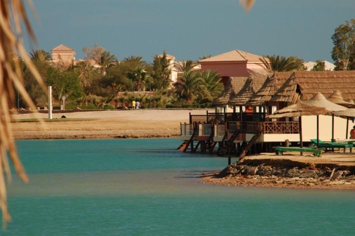 Престижный курорт Эль-Гуна рядом с Хургадой, куда мы ездим на пляж или барбекю