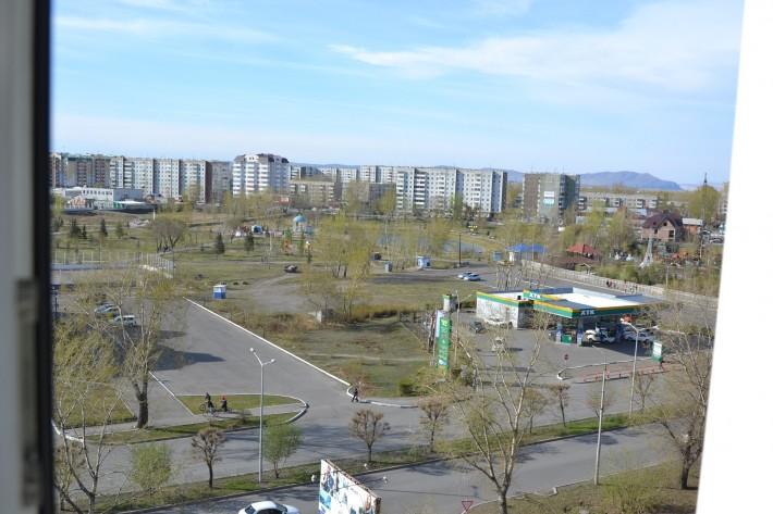 Даже весной Преображенский парк в 4 микрорайоне радует глаз